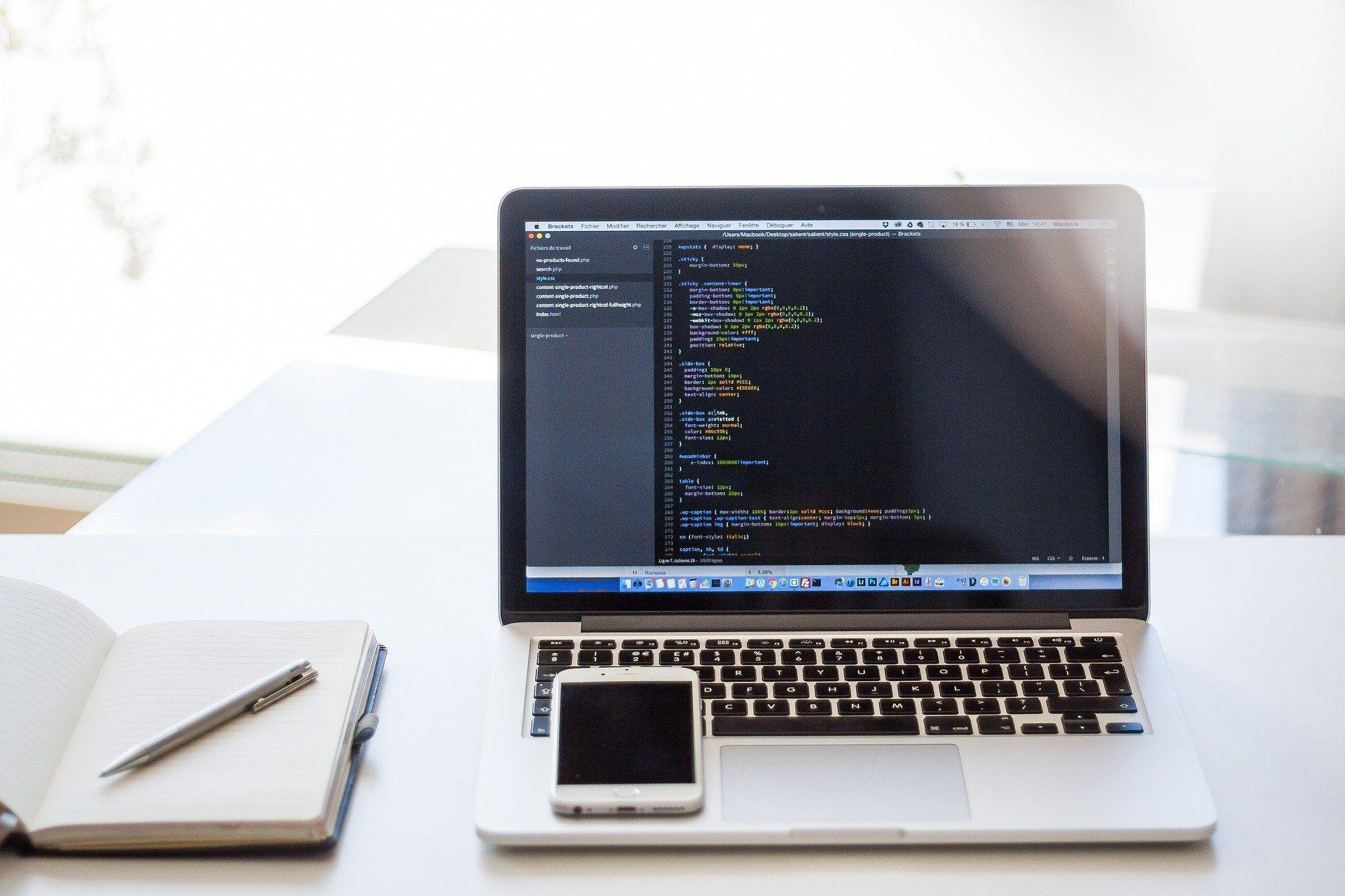 無料で使えるスケジュール共有ツール。オープンソースって実際どうなの?