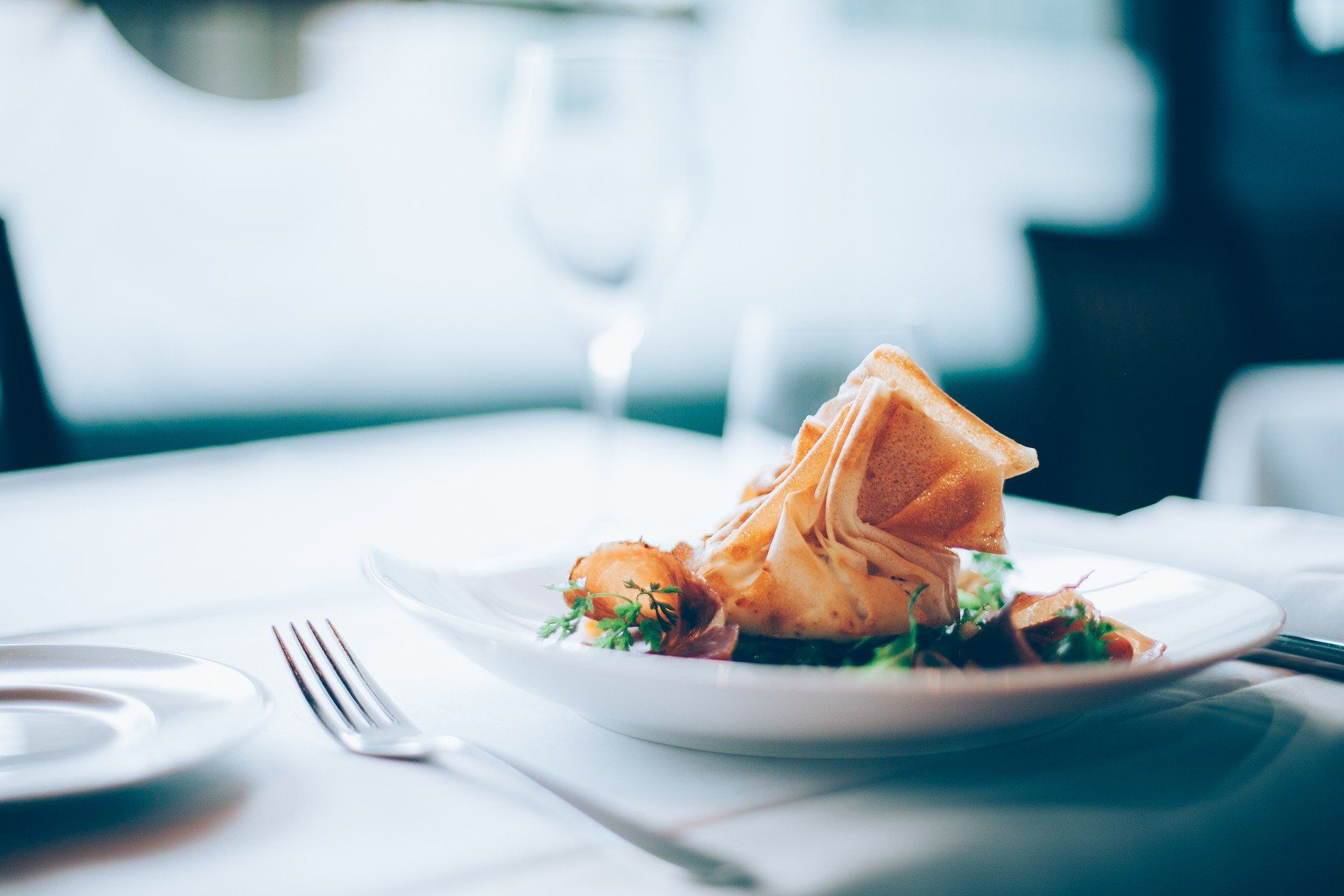 会食の日程調整が誰でも楽にできる方法を紹介!